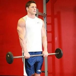 Не следует злоупотреблять весом, главное – это правильность выполнения упражнений.