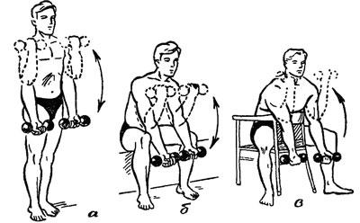 Тренировки с гирями, как и с гантелями, необязательно проводить в тренажерном зале. Если спортинвентарь есть в наличии, то накачать бицепс и укрепить мышцы спины можно и не выходя из дома.