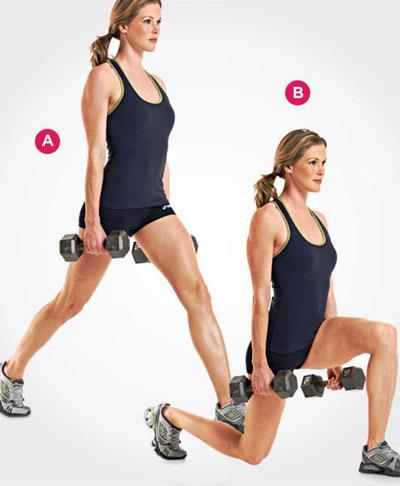 Выпады – это хорошее упражнение. Можно увеличить нагрузку, взяв гантели в руки, как в этом случае