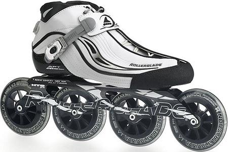Мягкий ботинок, похожий на кроссовок, используется чаще всего в производстве беговых роликов