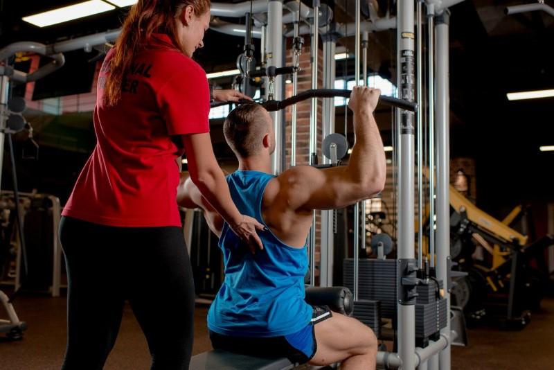 Фитнес-клуб «golds gym» (динамо) расположен в городе москва в районе сао по ленинградский пр-т, д, жк «царская площадь».